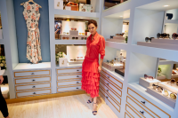 维多利亚贝克汉姆亮相北京个人品牌眼镜展