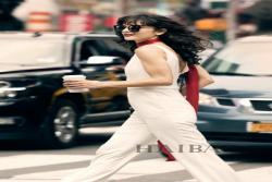 """纽约时代广场被""""海伦·凯勒"""