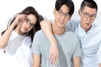 小米开卖女款TS防蓝光眼镜:99元红框韵味十足